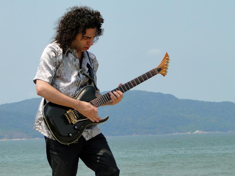 """Base de Hard Rock: """"Libertadora"""" – Medusa Trio"""